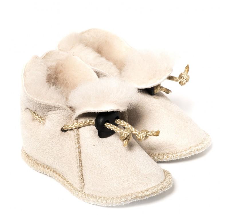 chaussons en peau de mouton pour b b naturel clair. Black Bedroom Furniture Sets. Home Design Ideas